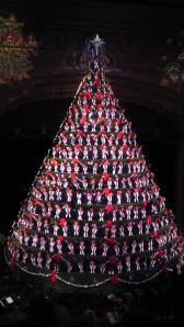 Mona Shores High School Singing Christmas Tree