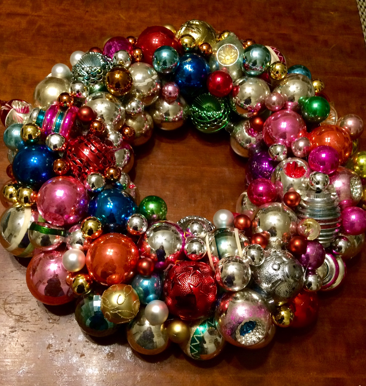 how to make a christmas tree ball wreath